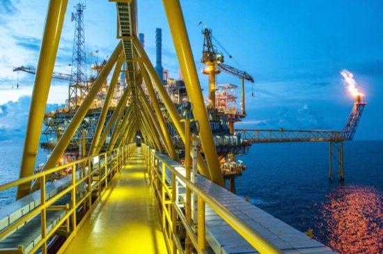 Отчет о работе по обеспечению безопасности. Нефтяной бизнес. Безопасность.